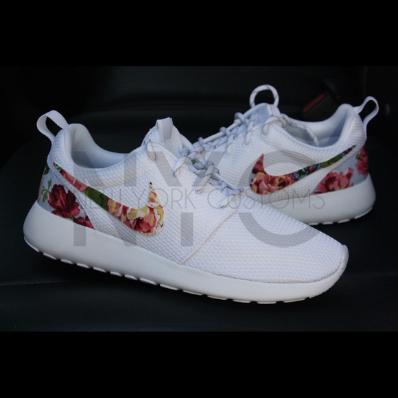 Nike Shoes Rose Delight Roshe One White Custom Poshmark