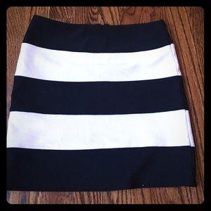 Zinga Dresses & Skirts - Beautiful black and white skirt never worn