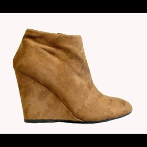 Camel Pointed Pointy Toe Wedge Ankle Boot Booties