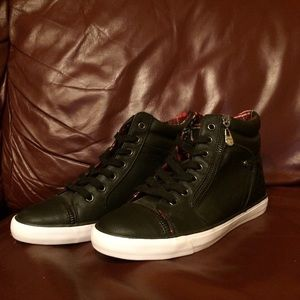 G by Guess Shoes - Guess sneakers NEW