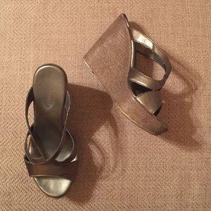 Callisto Shoes - Callisto Silver Leather Platforms
