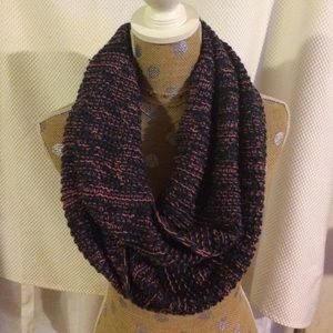 Accessories - Navy/pink infinity scarf