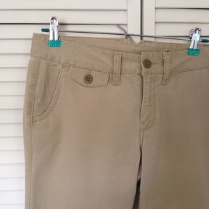 Lucky Brand Pants - [Lucky Brand] khakis size 4/27 🍀