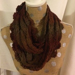 Accessories - Ombré knit scarf