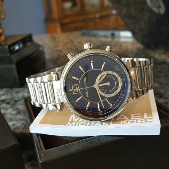 ebc036017de8 Michael Kors Sawyer bracelet MK Glam watch MK6224