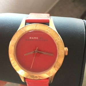 Rose gold and red leather Marc Jacobs watch!