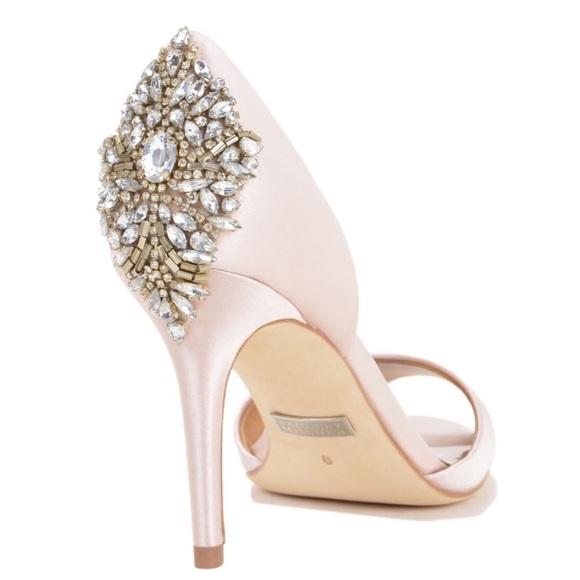 on feet images of wholesale dealer best online Bagdley mischka satin blush heels