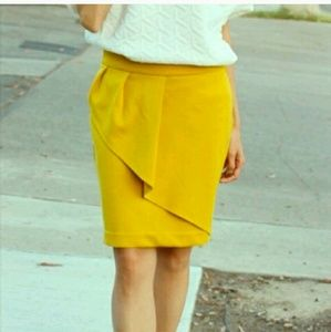 Relished Dresses & Skirts - NWT gold ruffle skirt