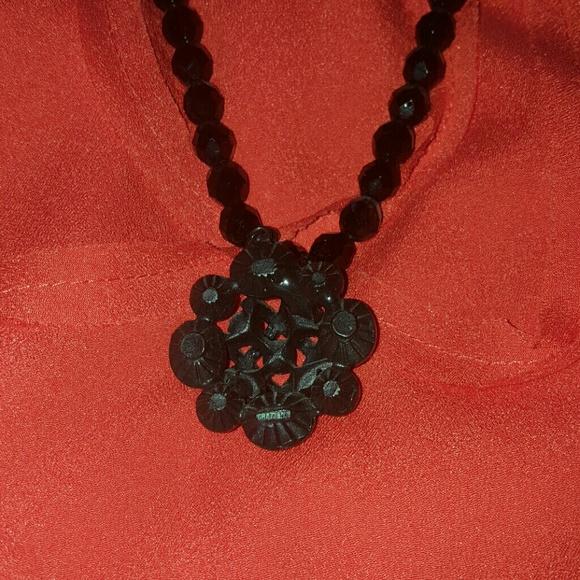 Jewelry - NECKLACE :)