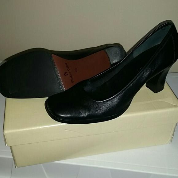 6093e62f89 Etienne Aigner Shoes - Etienne Aigner black pumps size 9