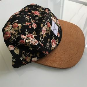 Urban Outfitters Accessories - Urban Outfitters 5 panel floral hat