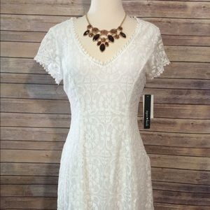Sequin Hearts Dresses & Skirts - 🎉 1 HOUR SALE 🎉White dress! Size 7. Brand new!