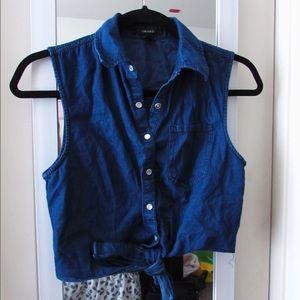 Tops - Denim sleeveless country shirt