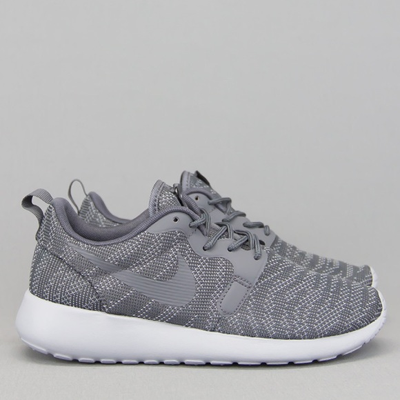 new styles 0d469 102d6 Nike Roshe Run Wolf Grey Jacquard Sneakers NWT