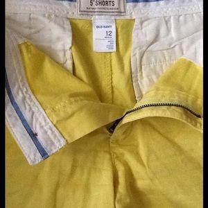 """Yellow, like new 5"""" flat front shorts"""