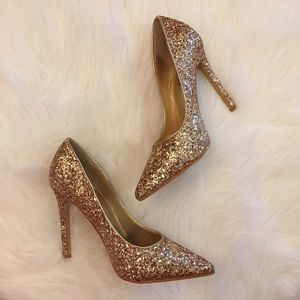 Boutique Shoes - Gold Glitter Pointed Toe Pumps