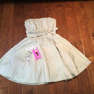 Formal Betsy Johnson dress