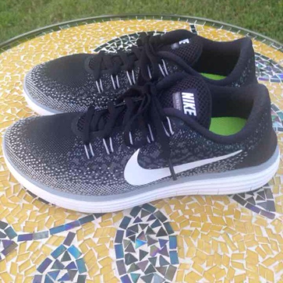 NEW! Nike free RN distance running shoes