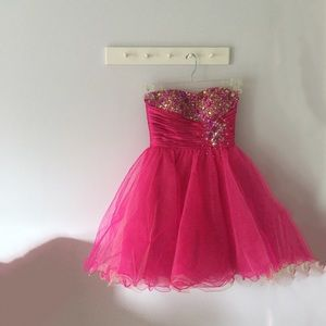 Johnny Dresses - Johnny Homecoming/Prom Dress