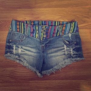 Colorful waist band denim shorts size 3
