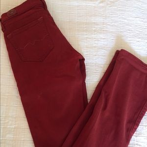 Red Engine Jeans, slight flare sz 26