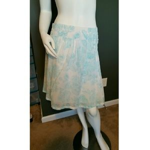 Old Navy Dresses & Skirts - Old Navy Casual Skirt - like new!