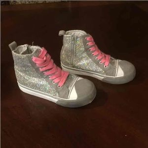 Morgan & Milo Shoes - Morgan & Milo Girls Size 13