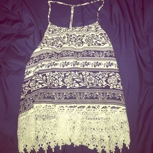 Cute top with an opened back!
