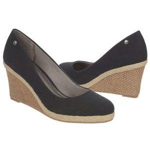 Life Stride Shoes - 🎁NEW inBOX!!!! Lifestride Black Espadrille Wedges