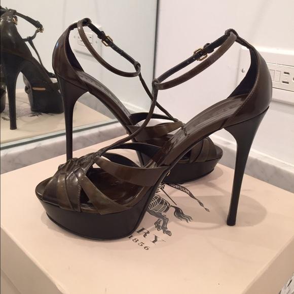 e551ab66b76 Burberry Shoes - 🔥SALE🔥Burberry heels sandals