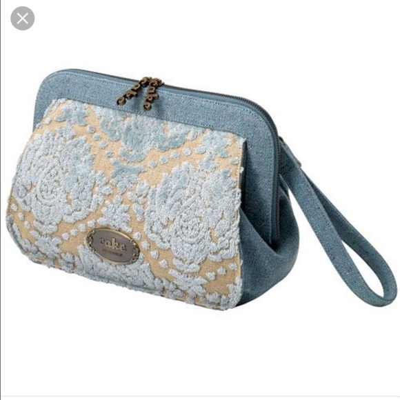 Discount petunia pickle bottom clutch