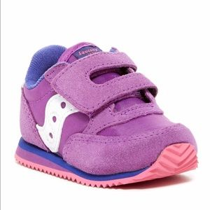 Baby crib sneaker shoes
