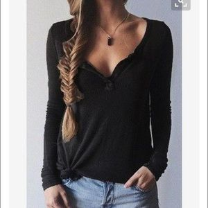 Tops - Black  T shirt T101