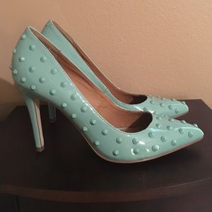Sole Society mint green patent pumps