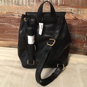 68d658245365 Old Navy Bags - NWT Old Navy black Faux Leather Backpack Purse