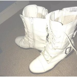 20 shoes knee high white combat boots from frankie