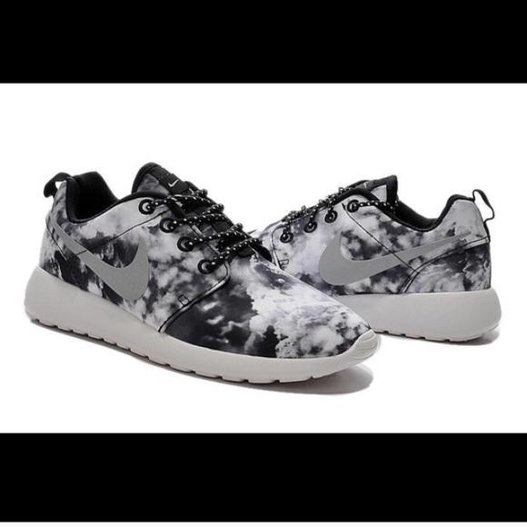 2015 Nike Zapatillas Roshe Run Zapatillas Nike Cloud Negro Nwt 2cd700