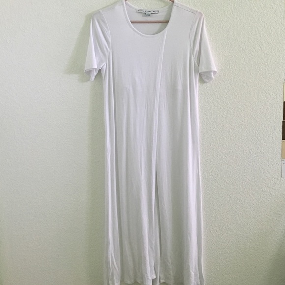 42 off hyfve tops long white side slit shirt from for I see both sides like chanel shirt
