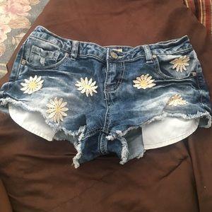 Blue Spice Daisy shorts