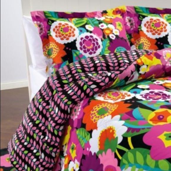 Vera Bradley Other Iso Comforter In Va Va Bloom Poshmark
