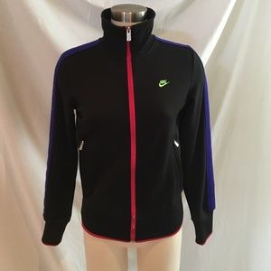 Nike Tops - Nike Colorful and Sleek Fitted Warm Up Jackey