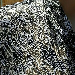 Chico's Tops - Chico's Black & Silver blouse -Chico's Size 3