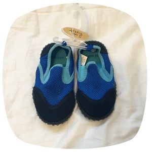 Other - BOGO 50% off 🎉HP 2x🎉 Baby Water Shoes
