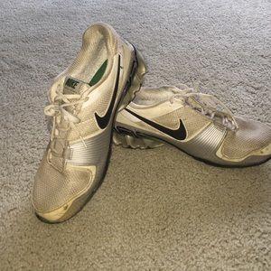 Men's size 8.5 Nike IMPAX atlas in good condition