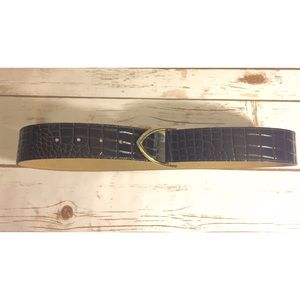 Ann Taylor brown belt w/metal buckle.  Like new
