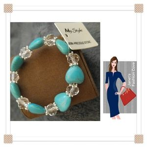 Jewelry - Turquoise Hearts and Crystals Bracelet