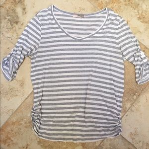 Forever 21 adorable grey stripe tee!