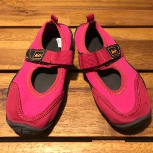 Rei Other - Girls REI water shoes