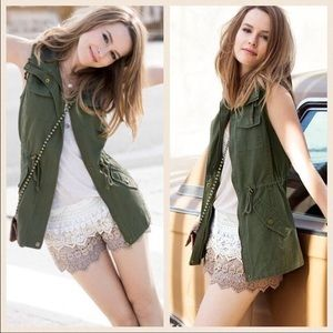 Boutique Jackets & Blazers - 🎉FLASH SALE🎉Army Green Utility Vest