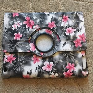 Other - iPad case! Beautiful!